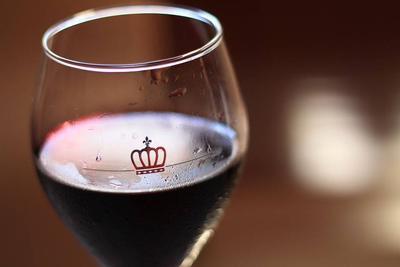 牛皮癣能喝红酒吗?牛皮癣适合喝红酒吗?